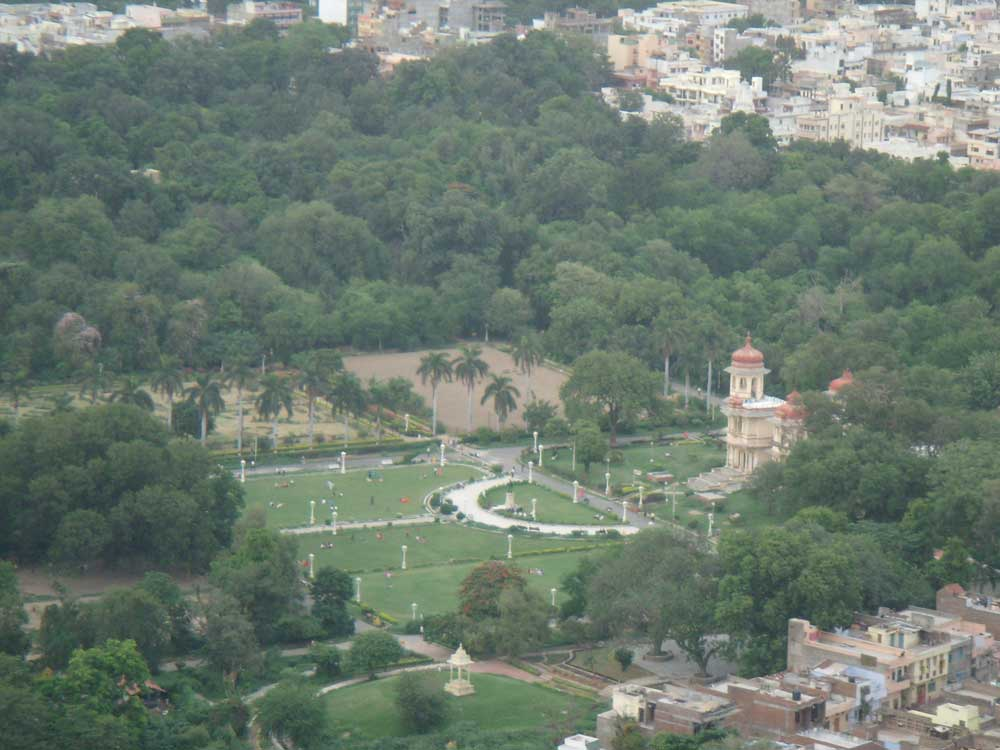 gulab-bagh-and-zoo-uadaipur